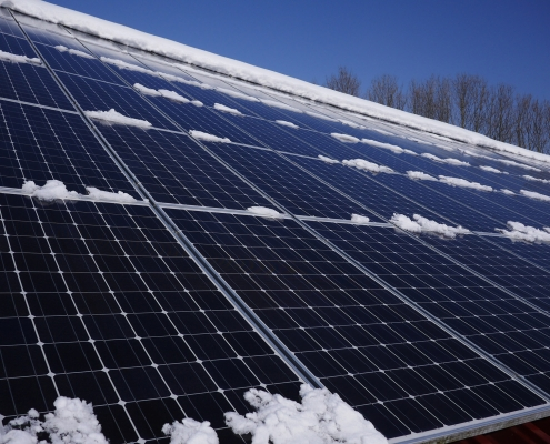 solar panels still work in the snow